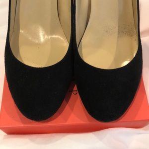 Black suede classy heels sz 9.5
